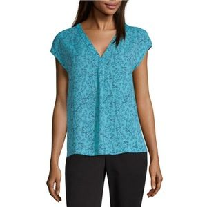 NWT Worthington Y Neck S/S Georgette Blouse